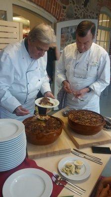 Philippe ja Jean Pierre serveerimas
